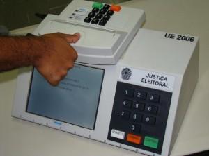 noticia_927420_img1_urna-biometrica