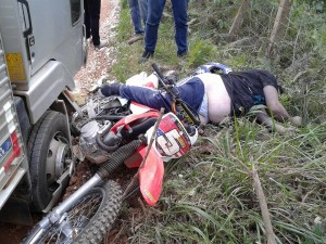 Trilheiro Perde A Vida Em Colisão De Moto Com Caminhão Em